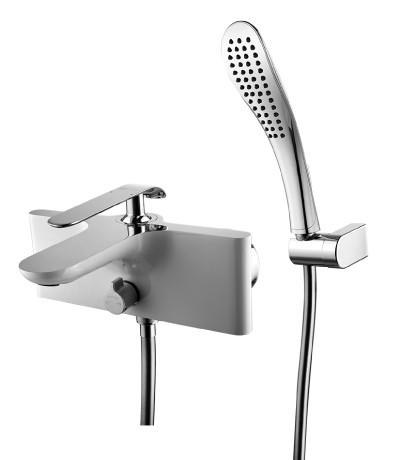 Смеситель для ванны с душем Lemark Melange LM4914CW lemark смесительlemark pallada lm2602c для ванны с душем