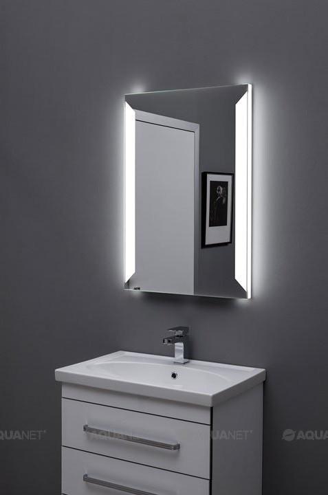 Зеркало с подсветкой 70х85 см Aquanet Сорренто 00196649 зеркало 70х85 см smile арабеска z0000009897